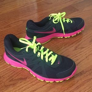 Nike Revolution 2 sneaker. Worn once!
